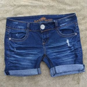 Almost Famous Cut-Off Shorts Size 5